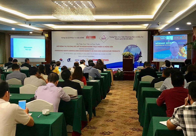 """Toàn cảnh hội thảo """"Mở rộng thị trường Bắc Mỹ và ASEAN ngành thực phẩm và nông sản"""" ngày 14/10. (Ảnh: Như Huỳnh)."""
