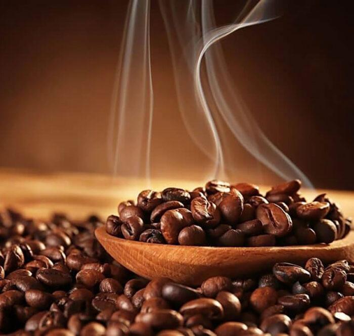 Giá cà phê trong nước tháng 10 tăng mạnh