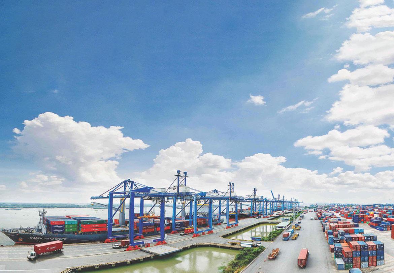 Xuất nhập khẩu hàng hóa tăng 53% trong 7 ngày tết Tân Sửu
