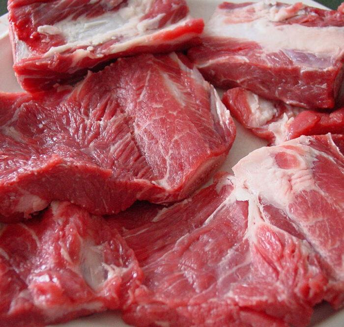 Ăn 50g thịt sẽ cung cấp cho cơ thể 10g protein. Ảnh: Flickr